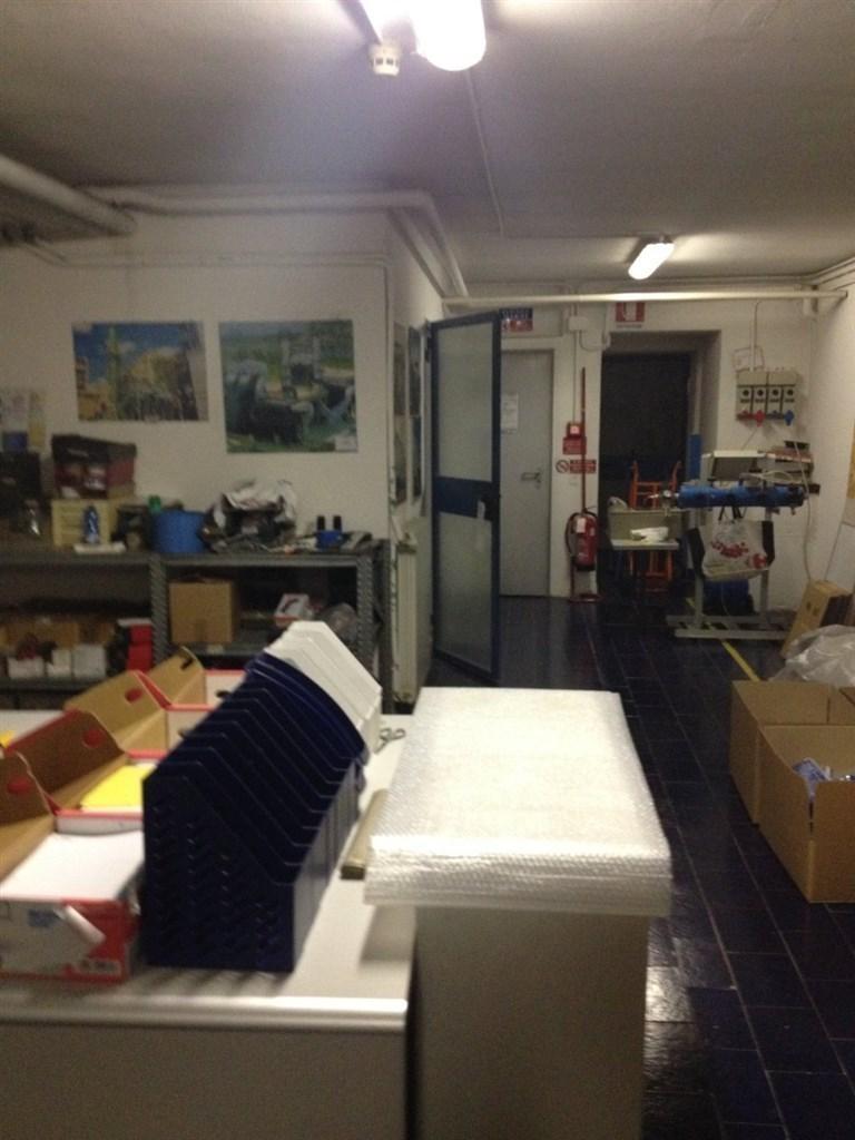 Ufficio / Studio in Affitto a Cavenago di Brianza
