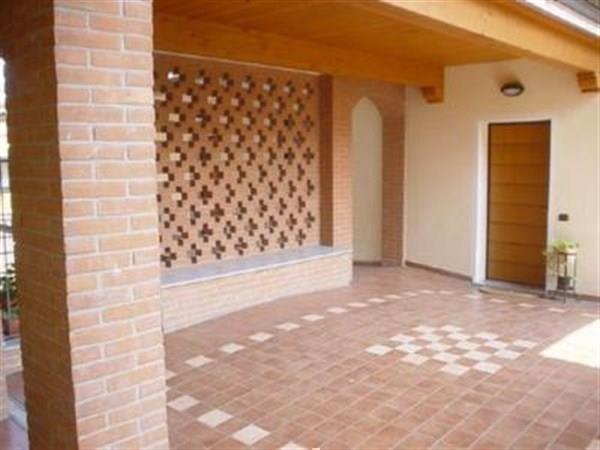 Appartamento in affitto a Bernareggio, 2 locali, prezzo € 490 | Cambio Casa.it