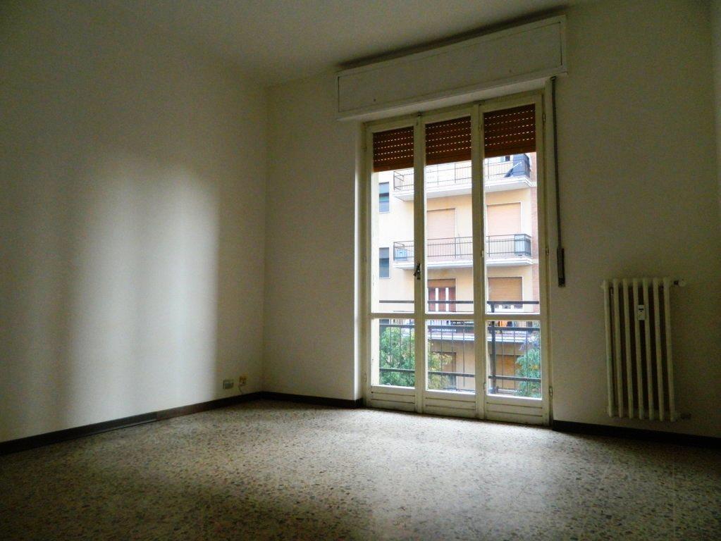 Appartamento in affitto a Carnate, 3 locali, prezzo € 600 | Cambio Casa.it