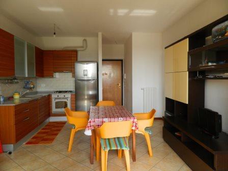Appartamento in affitto a Sulbiate, 3 locali, prezzo € 600 | Cambio Casa.it