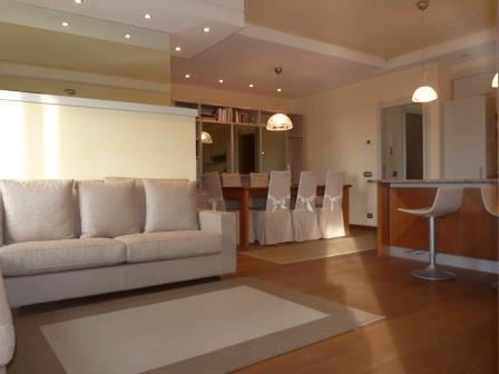 Appartamento in affitto a Bernareggio, 3 locali, prezzo € 700 | Cambio Casa.it