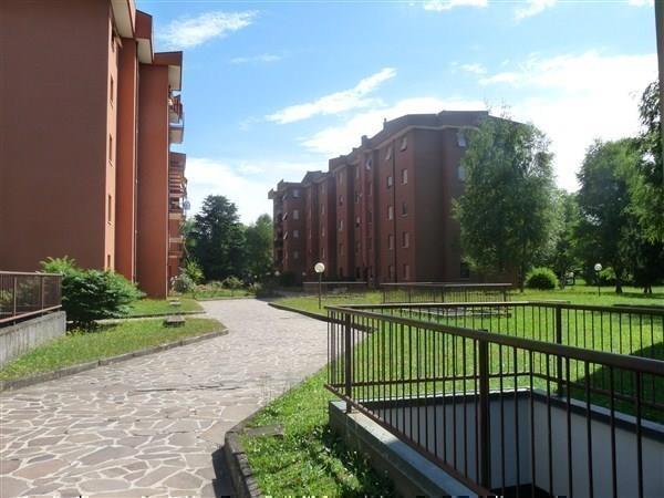 Appartamento in vendita a Arcore, 3 locali, prezzo € 187.000 | Cambio Casa.it