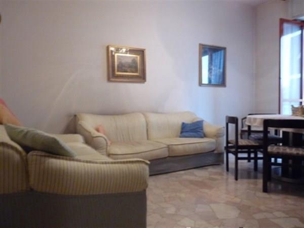 Appartamento in vendita a Bellusco, 3 locali, prezzo € 85.000 | Cambio Casa.it