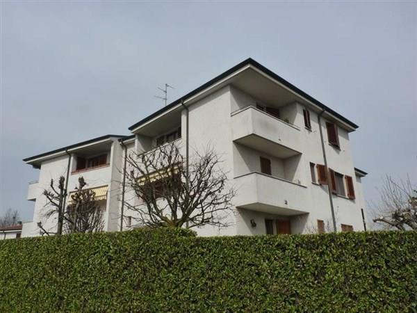 Appartamento in vendita a Vimercate, 3 locali, prezzo € 174.000 | Cambio Casa.it