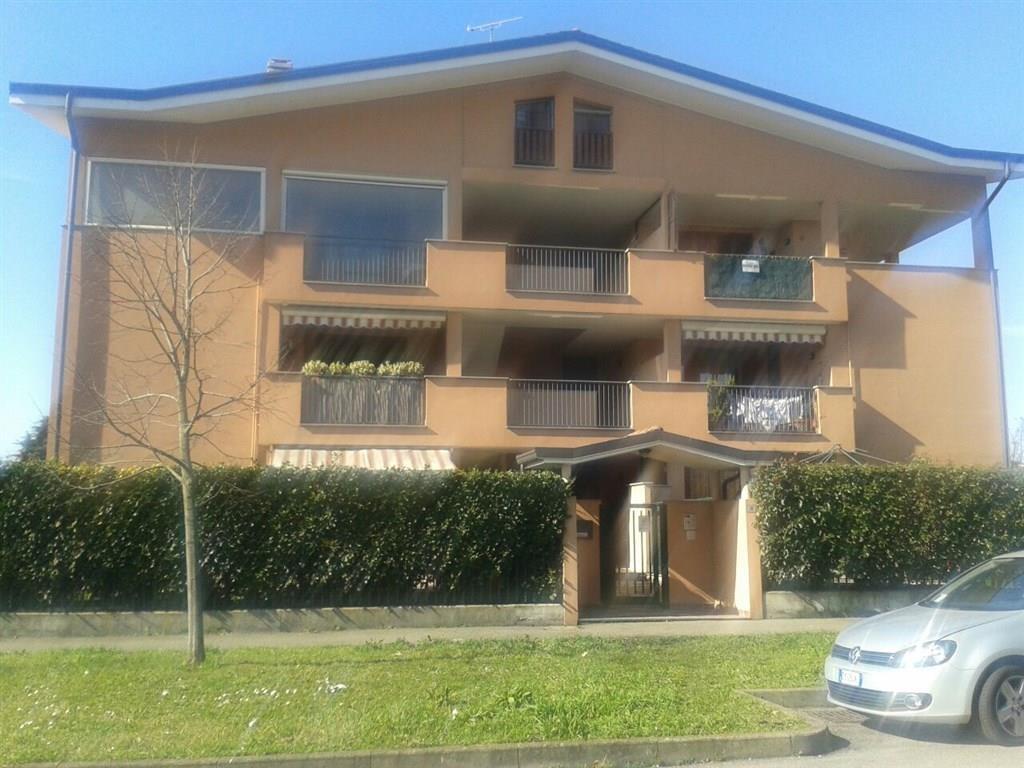 Appartamento in vendita a Cambiago, 3 locali, prezzo € 180.000 | Cambio Casa.it