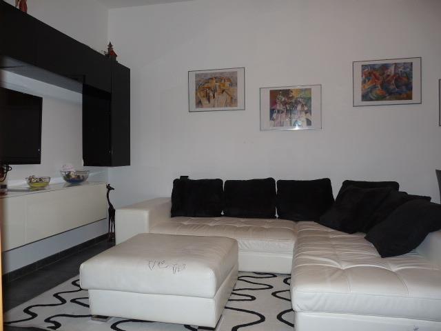 Appartamento in vendita a Osnago, 3 locali, prezzo € 129.000 | Cambio Casa.it