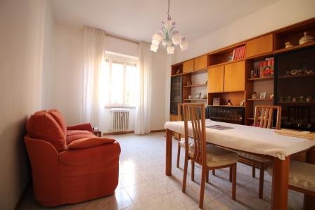 Appartamento in vendita a Bellusco, 3 locali, prezzo € 97.000 | Cambio Casa.it