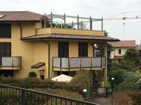 Appartamento in vendita a Busnago, 3 locali, prezzo € 300.000 | Cambio Casa.it