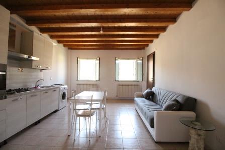 Appartamento in vendita a Mezzago, 3 locali, prezzo € 90.000 | Cambio Casa.it
