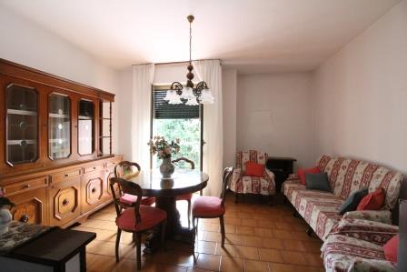 Appartamento in vendita a Vimercate, 3 locali, prezzo € 95.000 | Cambio Casa.it