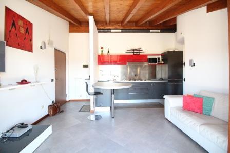 Appartamento in vendita a Roncello, 3 locali, prezzo € 145.000 | Cambio Casa.it