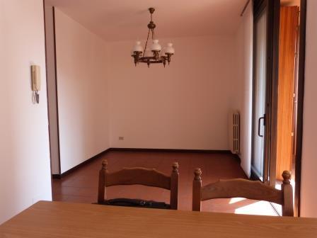 Appartamento in vendita a Cavenago di Brianza, 3 locali, prezzo € 128.000 | Cambio Casa.it