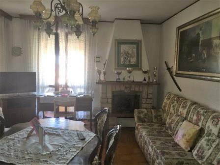 Appartamento in vendita a Busnago, 3 locali, prezzo € 99.000 | Cambio Casa.it