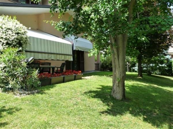 Villa in vendita a Mezzago, 4 locali, prezzo € 300.000 | Cambio Casa.it