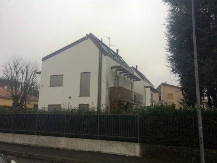 Villa in vendita a Vimercate, 4 locali, prezzo € 680.000 | Cambio Casa.it