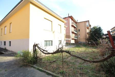 Villa in vendita a Vimercate, 4 locali, prezzo € 330.000 | Cambio Casa.it
