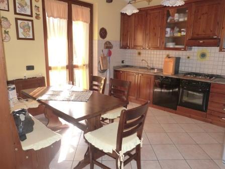 Villa in Vendita a Cornate d'Adda