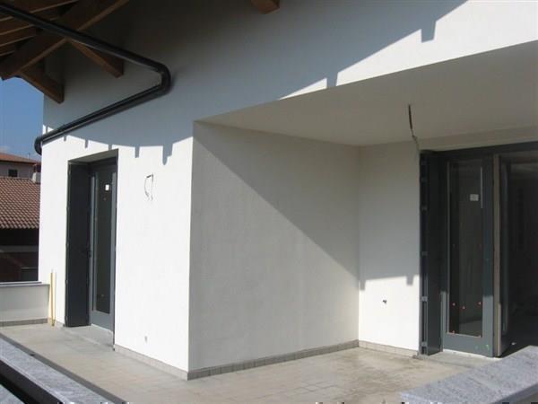 Appartamento in vendita a Vimercate, 5 locali, prezzo € 535.000 | Cambio Casa.it