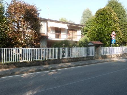 Appartamento in vendita a Burago di Molgora, 3 locali, prezzo € 230.000 | Cambio Casa.it