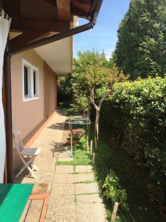 Villa in vendita a Concorezzo, 5 locali, prezzo € 790.000 | Cambio Casa.it