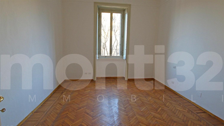 http://www.gestim2002.it/portali/foto/269/A435_4.jpg