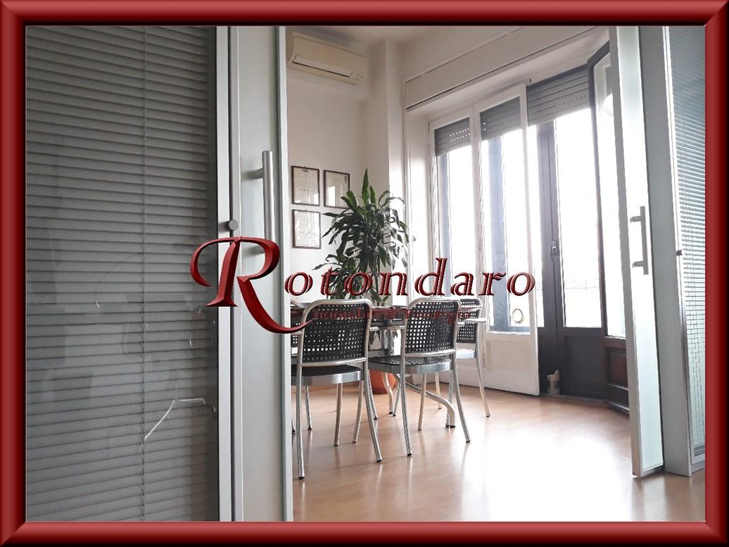 Ufficio in Affitto in Viale Monte Santo Milano