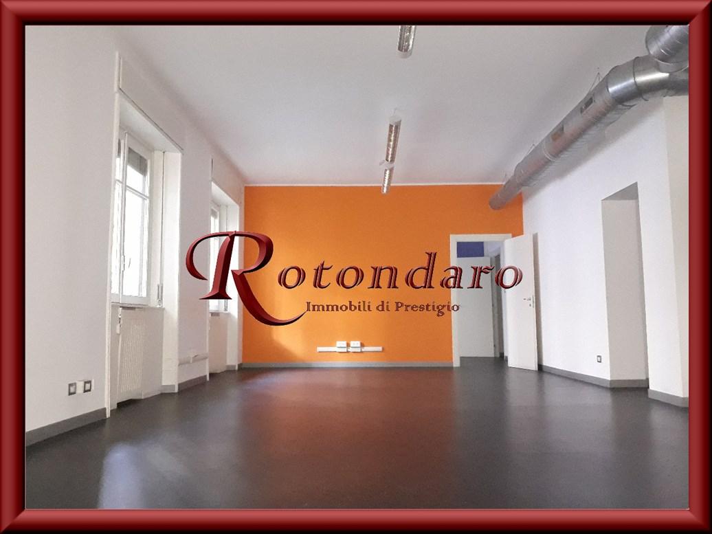 Ufficio in Affitto in Via Crocefisso Milano