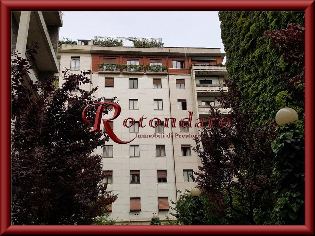 Appartamento in Vendita in Via della Guastalla Milano