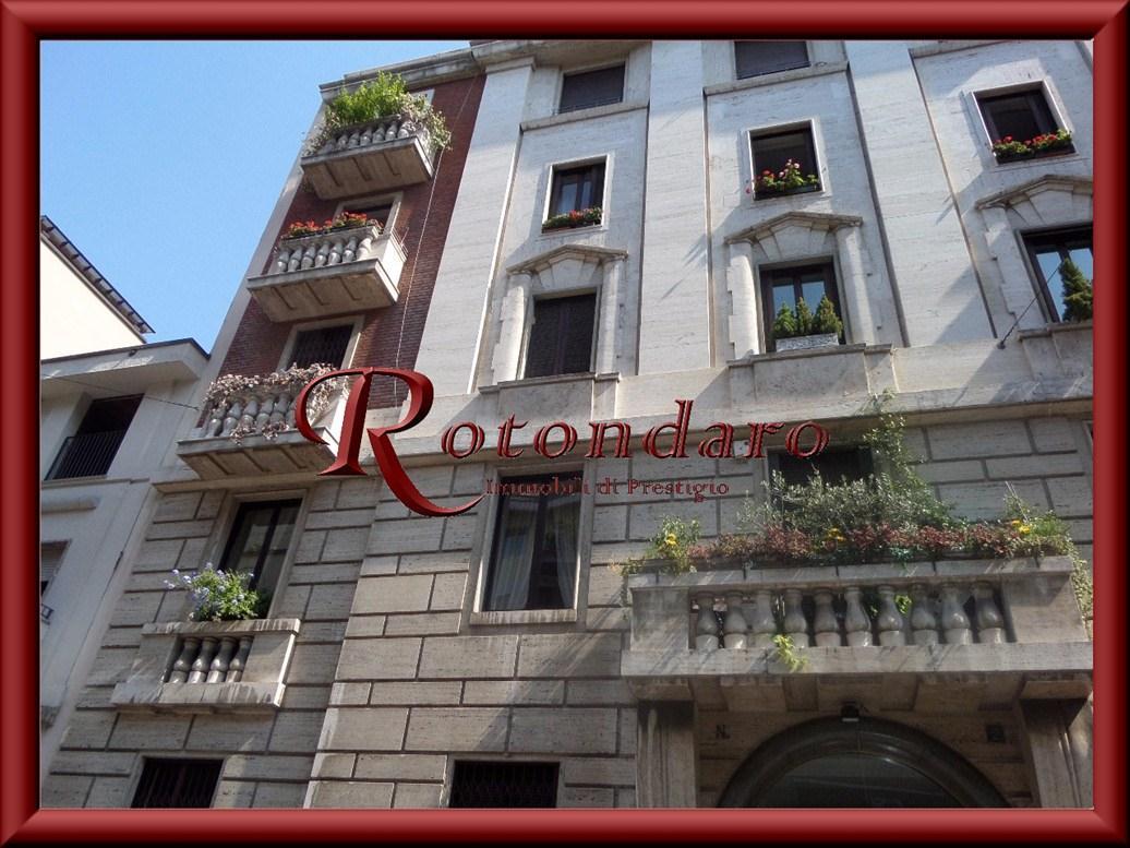 Ufficio in Vendita in Corso Vercelli Milano