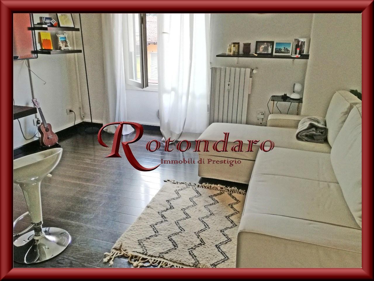 Appartamento in Vendita in Via Cirillo Milano