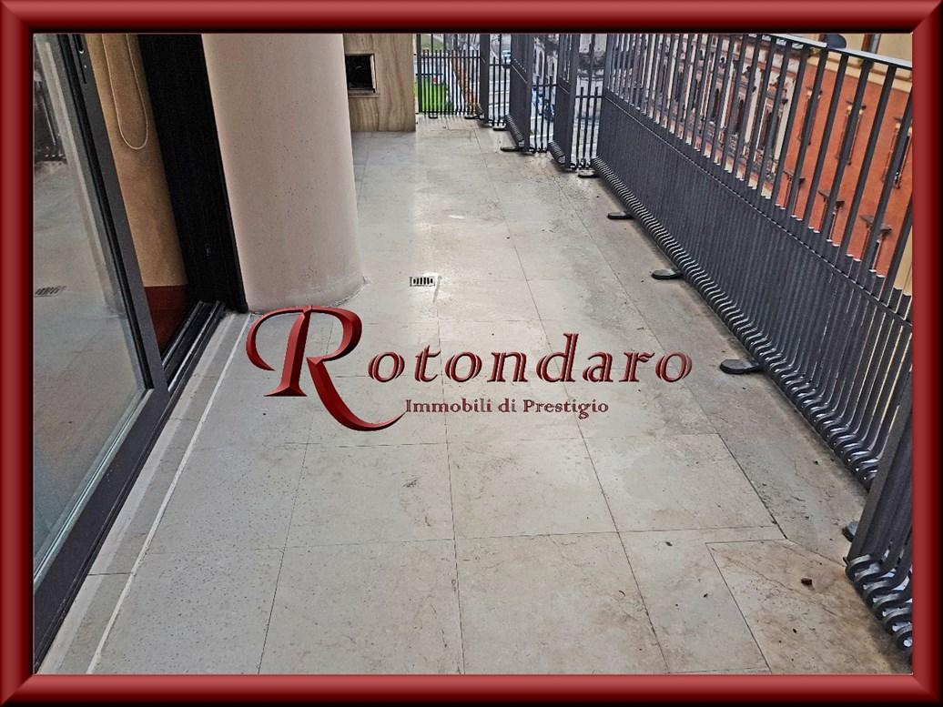 Appartamento in Affitto in Via Bandello Milano