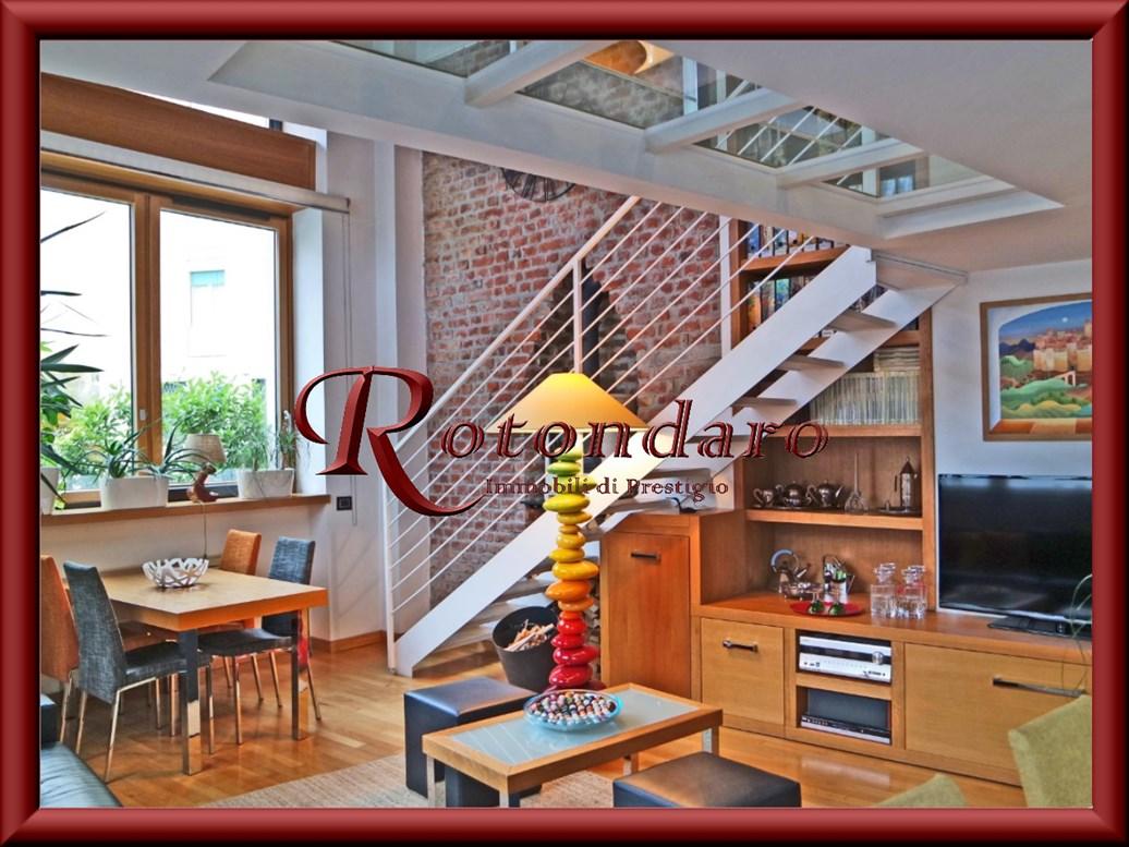 Appartamento in Vendita in Via Salutati Milano