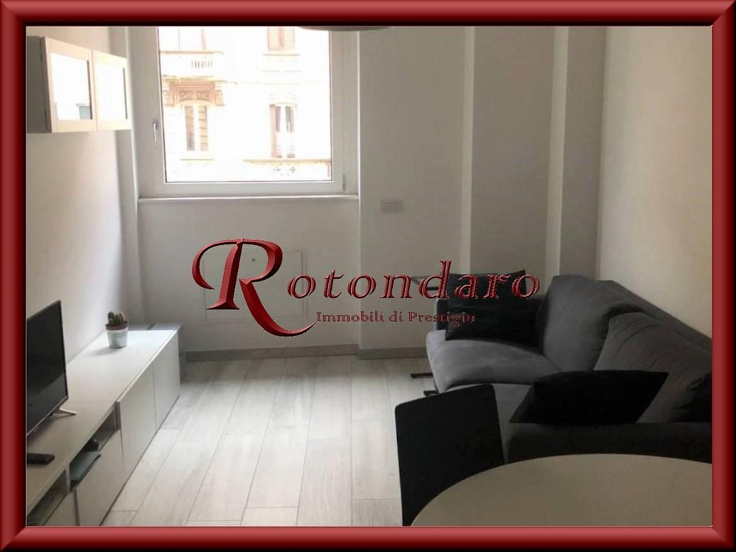Appartamento in Vendita in Viale Montegrappa Milano