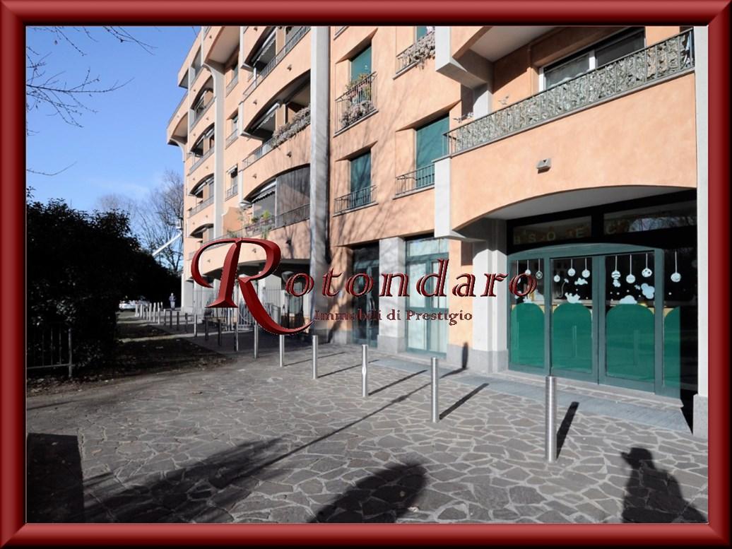 Magazzino in Vendita in Via A. Grandi 24 Corsico
