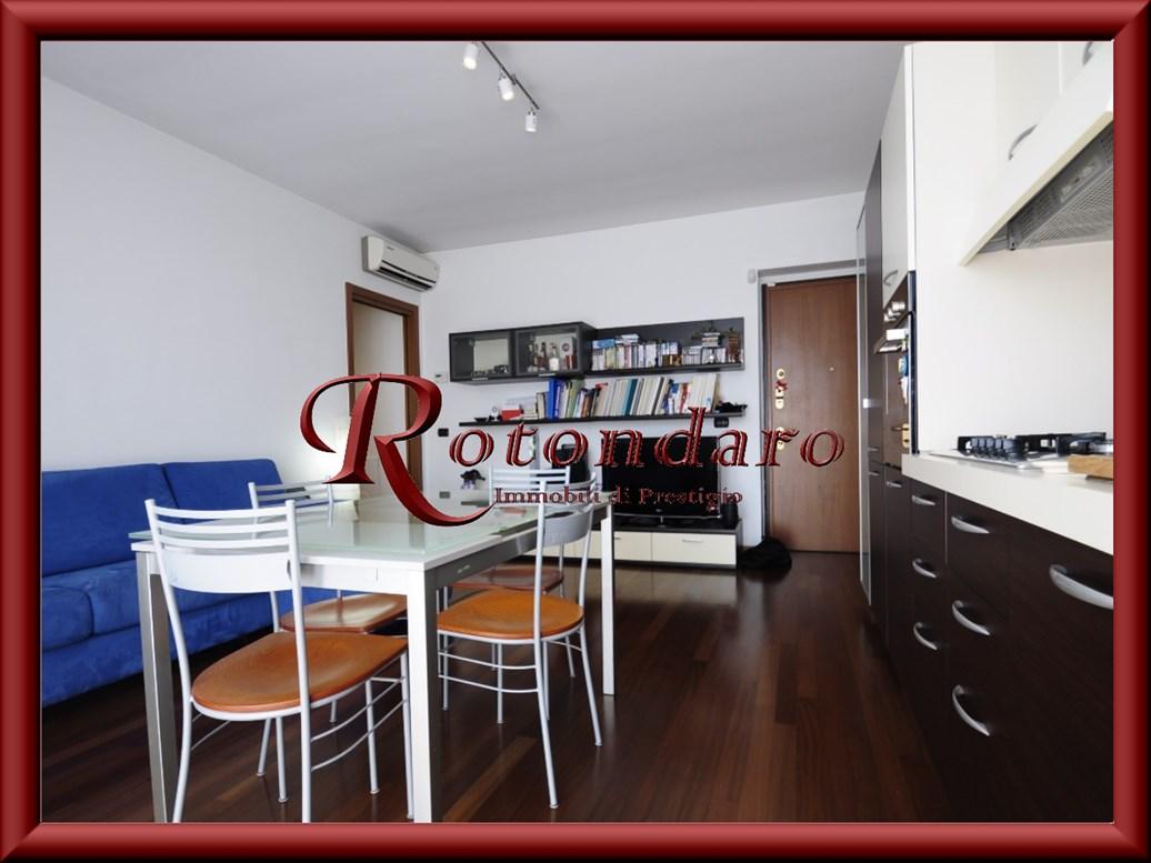 Appartamento in Vendita in Via Marconi Trezzano sul Naviglio