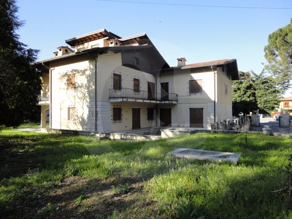 Villa Singola Affitto Brescia