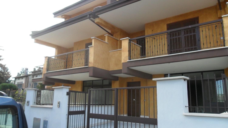 Villa in vendita a Ciciliano, 5 locali, prezzo € 210.000 | CambioCasa.it
