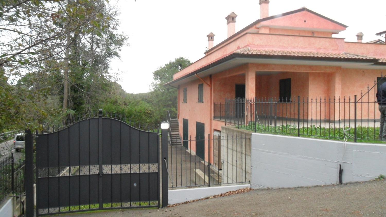 Villa in Vendita a Vetralla