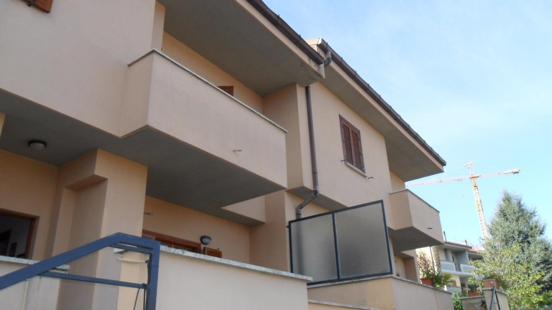 Casa tivoli appartamenti e case in vendita a tivoli for Case in vendita tivoli