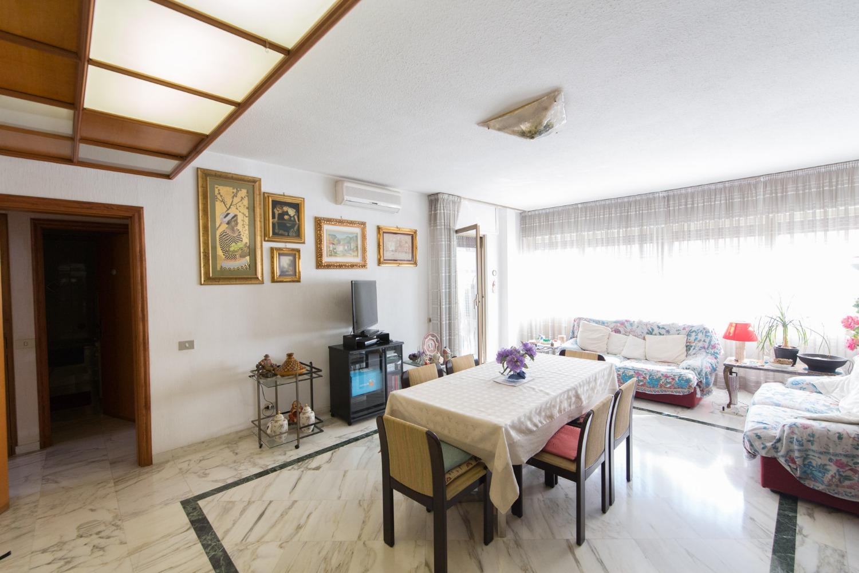 Quadrilocale in affitto a Roma in Via Valentino Mazzola, 38