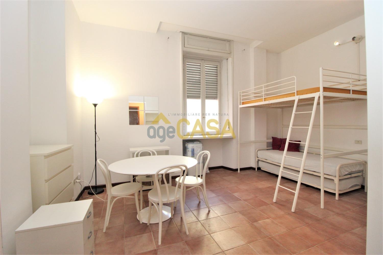 Milano Crocetta monolocale in affitto