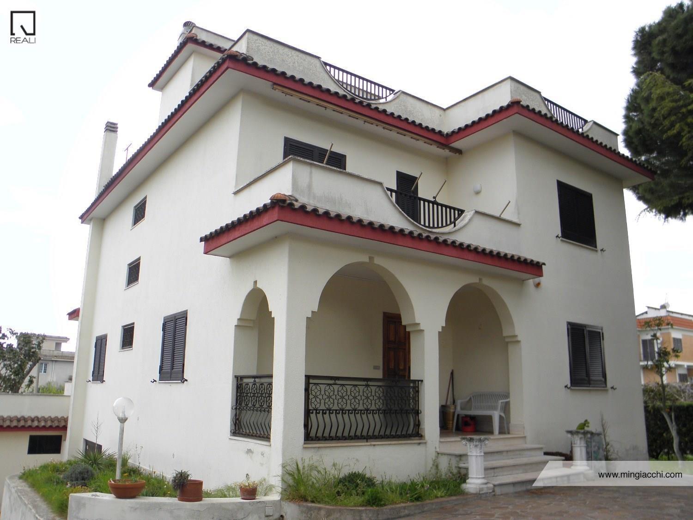 Villa in Vendita a Nettuno