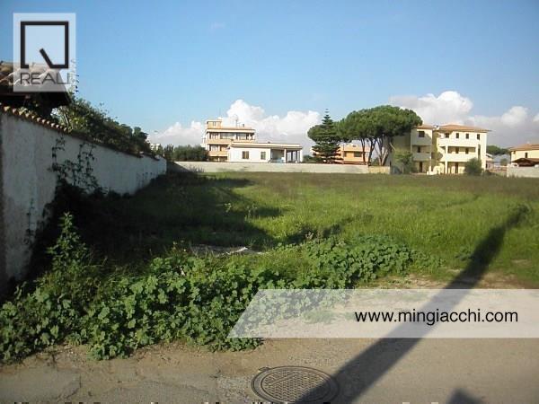 Terreno in vendita a Nettuno, 9 locali, prezzo € 78.000 | Cambio Casa.it