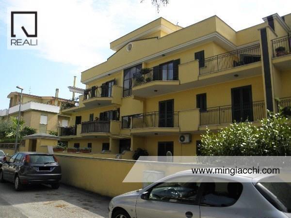 Appartamento in vendita a Nettuno, 3 locali, prezzo € 180.000 | Cambio Casa.it