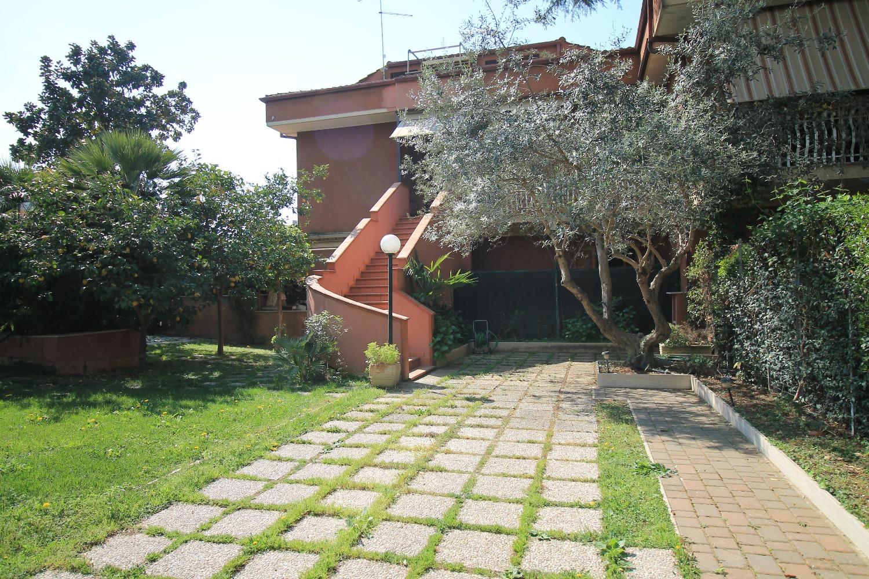 Villa in Vendita a Fonte Nuova