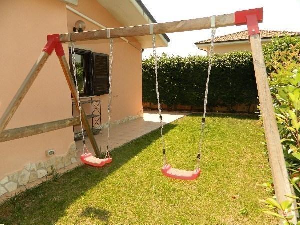 Villa in vendita a Guidonia Montecelio, 4 locali, prezzo € 179.000 | Cambio Casa.it