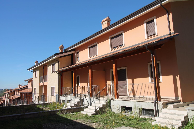 Casa palombara sabina appartamenti e case in vendita a for Costo per costruire 5 case a schiera