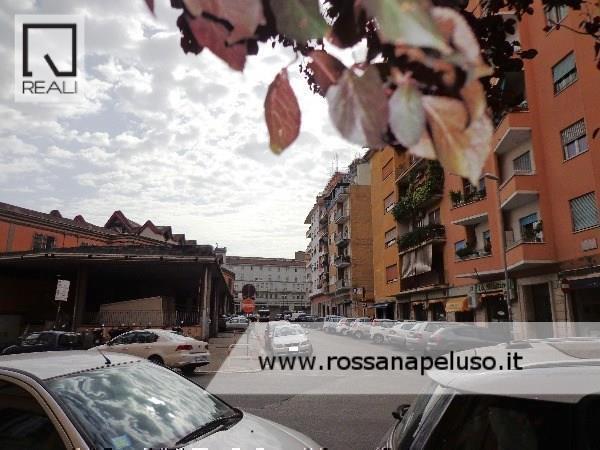 Negozio / Locale in Affitto a Roma
