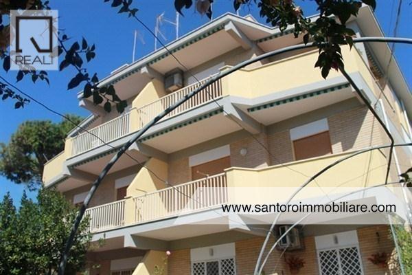 Appartamento in vendita a Anzio, 3 locali, prezzo € 140.000 | Cambio Casa.it