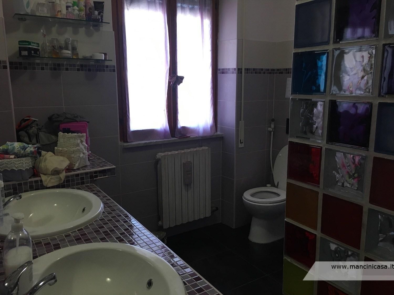 Appartamento in vendita a Fonte Nuova, 3 locali, prezzo € 175.000 | CambioCasa.it
